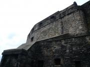 su_e_giu_per_il_castello10