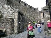 su_e_giu_per_il_castello8