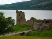 urquhart_castle1